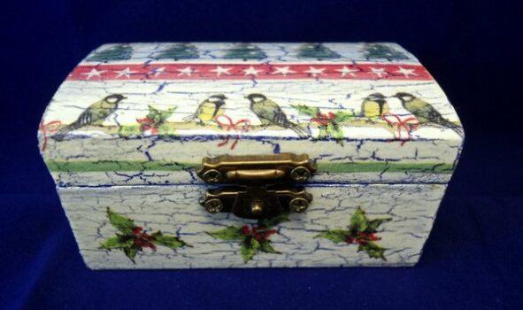 cutie_lemn_braduti
